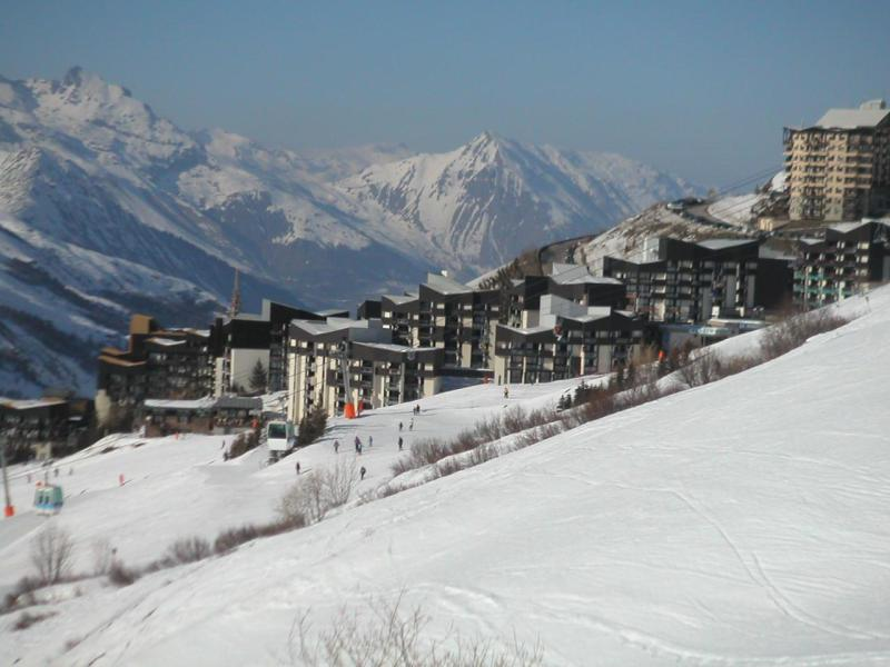Location au ski La Résidence les Gentianes - Les Menuires - Extérieur hiver