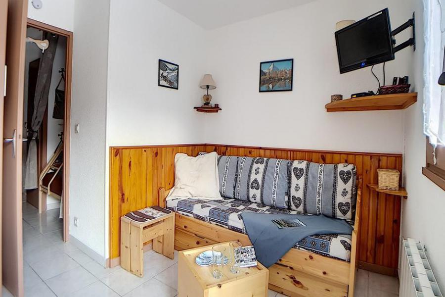 Location au ski Studio coin montagne 4 personnes (03) - La Résidence les Gentianes - Les Menuires - Lavabo
