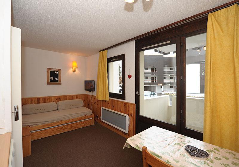 Location au ski Studio coin montagne 4 personnes (0R13) - La Résidence les Gentianes - Les Menuires - Canapé-lit