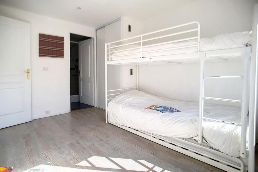 Wynajem na narty Apartament 2 pokojowy 5 osób (A3) - La Résidence les Lauzes - Les Menuires - Jadalnia
