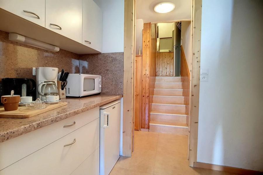Wynajem na narty Apartament duplex 2 pokojowy 5 osób (E18) - La Résidence les Lauzes - Les Menuires - Salon