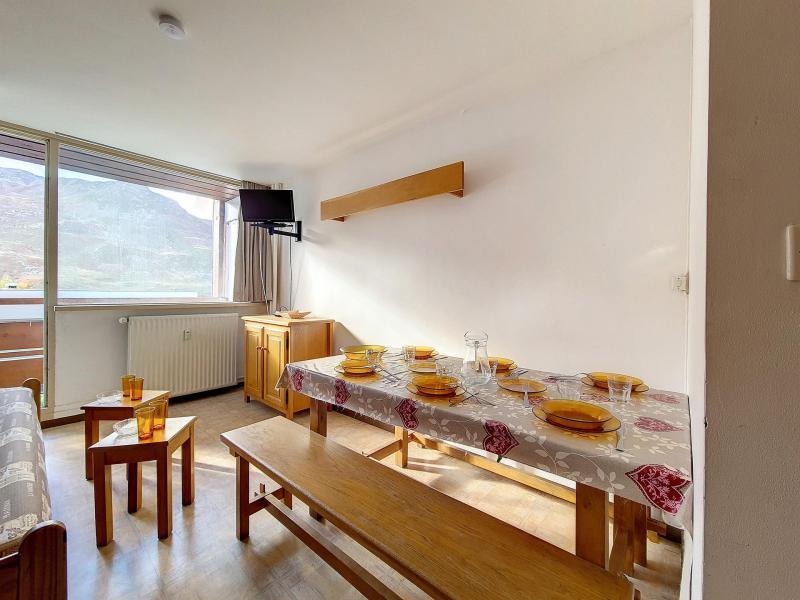 Wynajem na narty Apartament duplex 2 pokojowy 6 osób (C8) - La Résidence les Lauzes - Les Menuires - Jadalnia