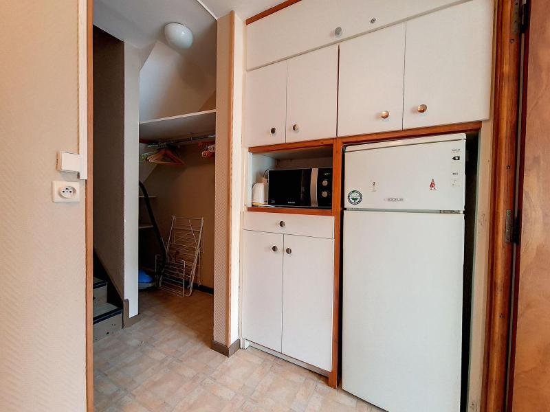Wynajem na narty Apartament duplex 2 pokojowy 6 osób (C8) - La Résidence les Lauzes - Les Menuires - Salon