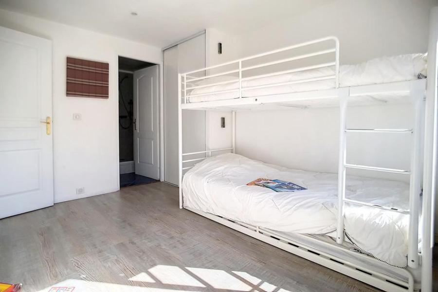 Location au ski Appartement 2 pièces 5 personnes (A3) - La Residence Les Lauzes - Les Menuires - Coin repas