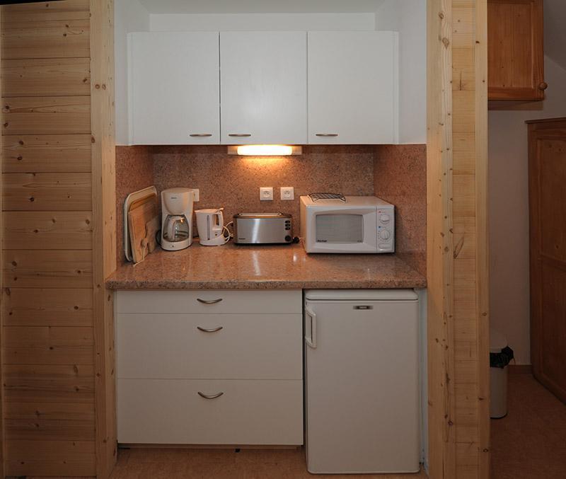 Location au ski Appartement duplex 2 pièces 5 personnes (E18) - La Residence Les Lauzes - Les Menuires - Salle d'eau