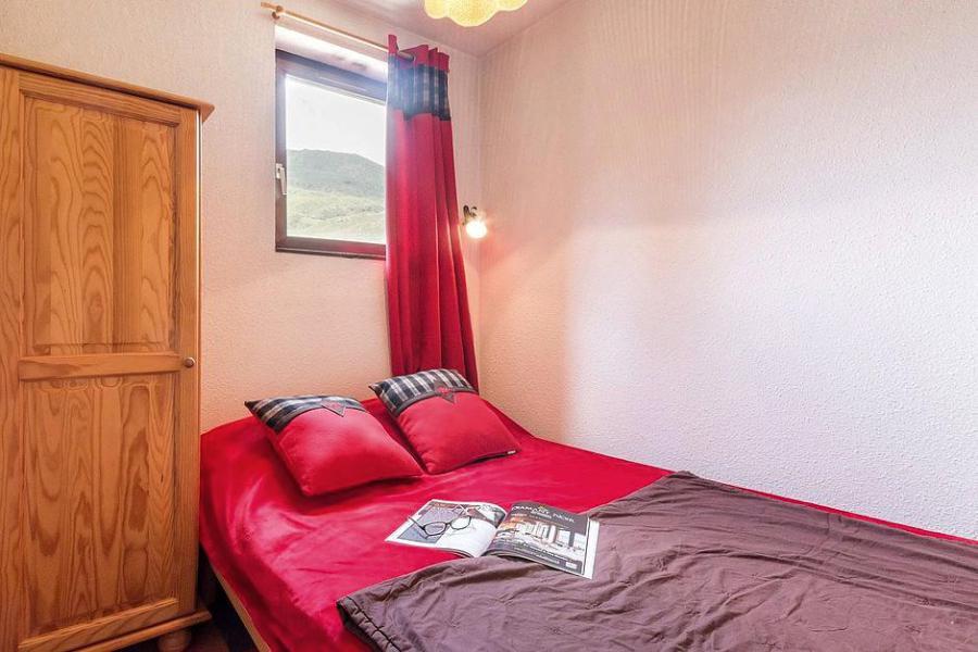 Soggiorno sugli sci Appartamento 2 stanze con alcova per 4 persone (1108) - La Résidence Ski Soleil - Les Menuires - Letto matrimoniale