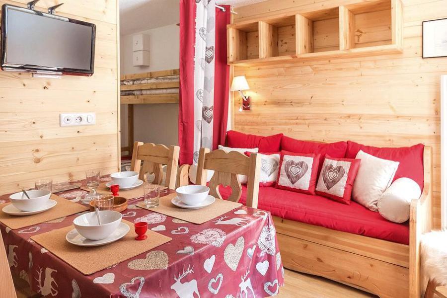 Soggiorno sugli sci Appartamento 2 stanze con alcova per 4 persone (2102) - La Résidence Ski Soleil - Les Menuires - Soggiorno