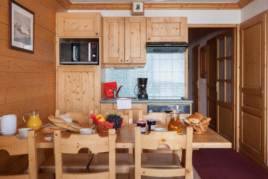 Location au ski Les Chalets de l'Adonis - Les Menuires - Cuisine ouverte
