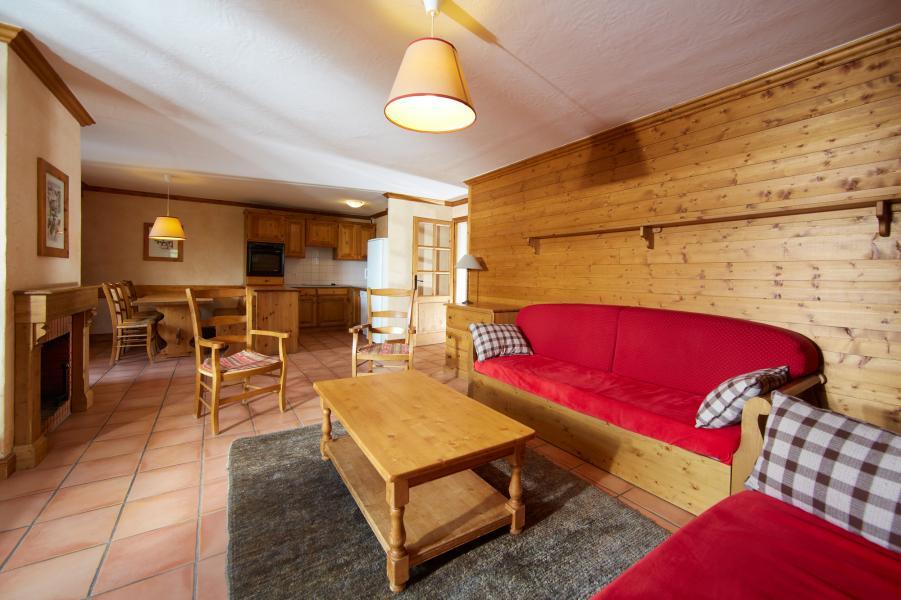 Location au ski Les Chalets Du Soleil Authentiques - Les Menuires - Canapé
