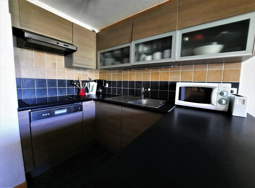 Location au ski Appartement 4 pièces cabine 10-12 personnes (402) - Les Côtes d'Or Chalet Bossons - Les Menuires - Chambre mansardée