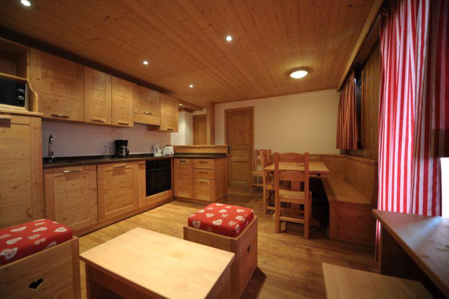 Location au ski Appartement 3 pièces cabine 4-6 personnes (301) - Les Côtes d'Or Chalet Courmayeur - Les Menuires