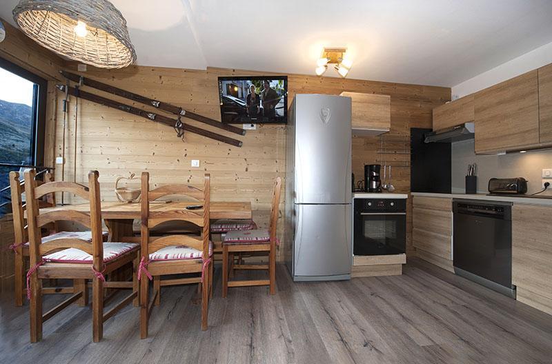 Location au ski 2 Appartements 3 pièces 8 personnes communicant (344) - Résidence Biellaz - Les Menuires - Séjour