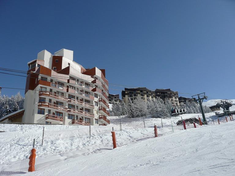 Wakacje w górach Résidence Boedette D - Les Menuires - Zima na zewnątrz