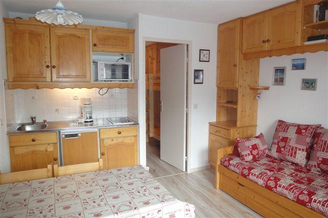 Location au ski Studio 4 personnes (802) - Residence Boedette - Les Menuires - Kitchenette