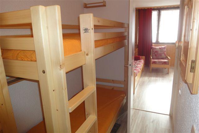 Location au ski Studio 4 personnes (802) - Residence Boedette - Les Menuires - Lits superposés