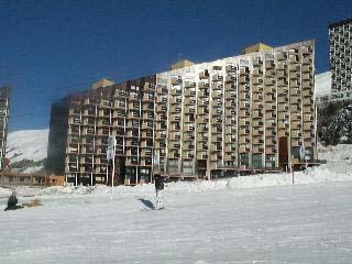 Location au ski Résidence Caron - Les Menuires - Extérieur hiver