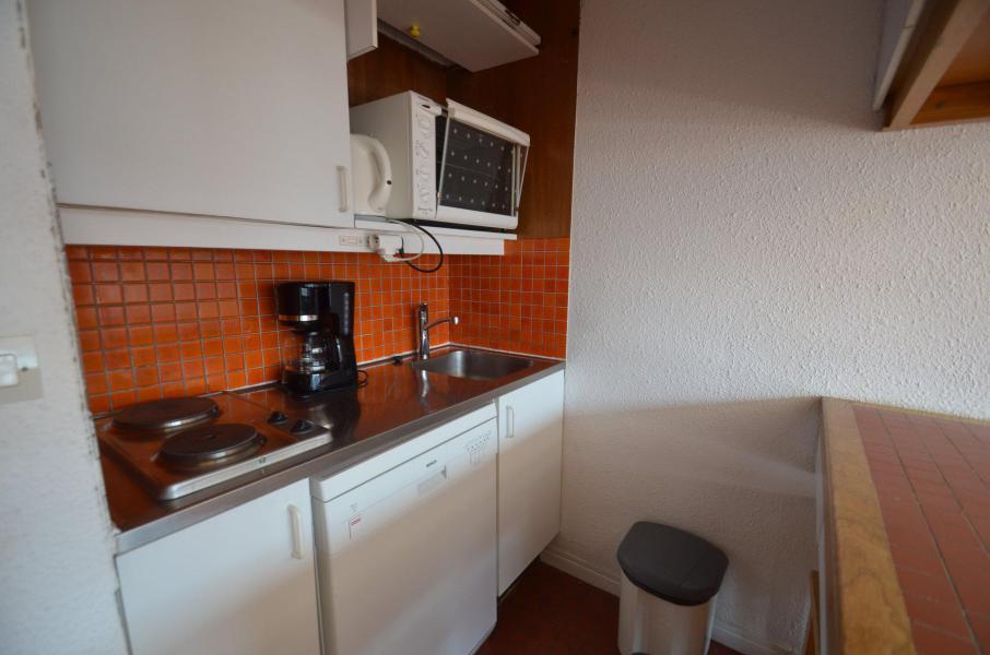Location au ski Appartement triplex 3 pièces 7 personnes (835) - Résidence Challe - Les Menuires - Cuisine