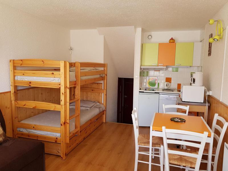 Location au ski Studio 3 personnes (330) - Résidence Challe - Les Menuires - Appartement