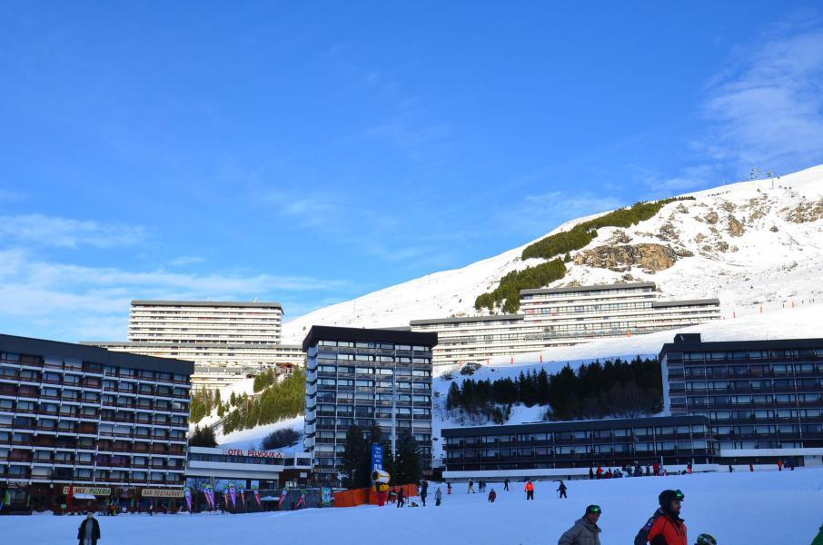 Vacances en montagne Résidence Danchet - Les Menuires - Extérieur hiver