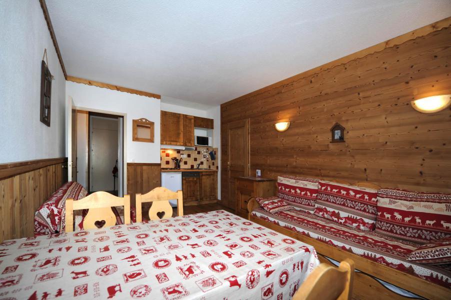 Location au ski Studio 4 personnes (021) - Résidence Lac du Lou - Les Menuires