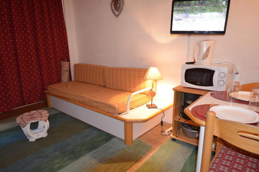 Location au ski Studio 4 personnes (820) - Residence Le Necou - Les Menuires - Banquette-lit
