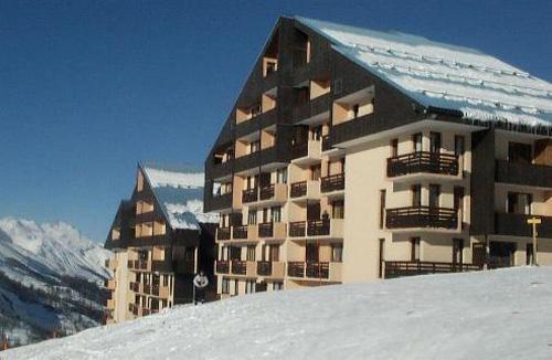 Location au ski Résidence le Sarvan - Les Menuires - Extérieur hiver