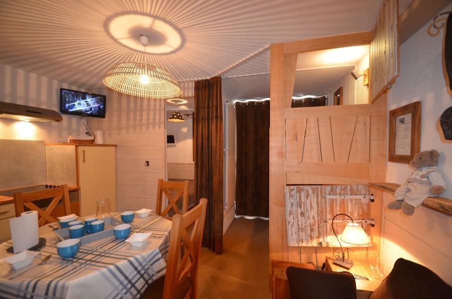 Location au ski Studio coin montagne 4 personnes (2508) - Résidence le Ski Soleil - Les Menuires - Séjour