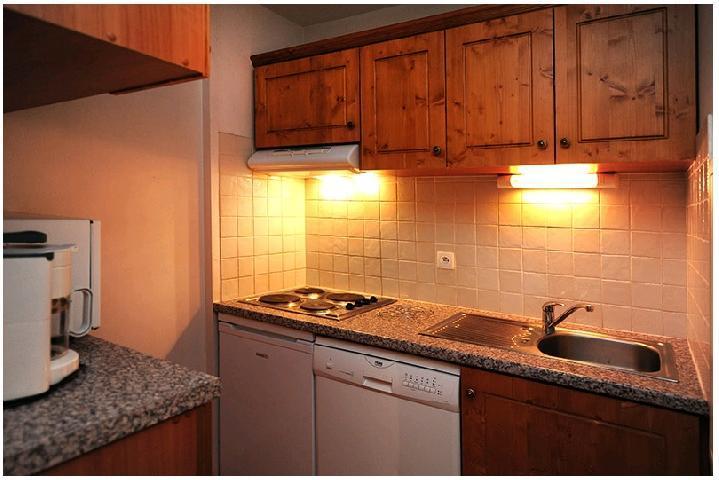Location au ski Appartement 2 pièces cabine 6 personnes (211) - Résidence le Sorbier - Les Menuires - Kitchenette