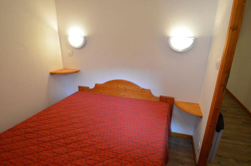 Location au ski Studio cabine 4 personnes (403) - Résidence le Valmont - Les Menuires - Chambre