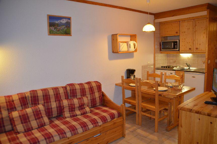 Location au ski Studio cabine 4 personnes (322) - Résidence le Villaret - Les Menuires - Appartement