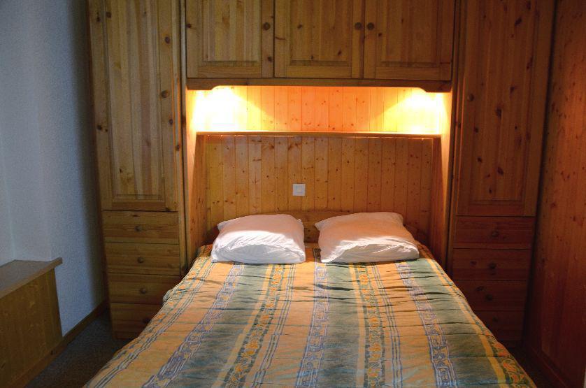 Location au ski Studio cabine 4 personnes (426) - Residence Le Villaret - Les Menuires - Kitchenette