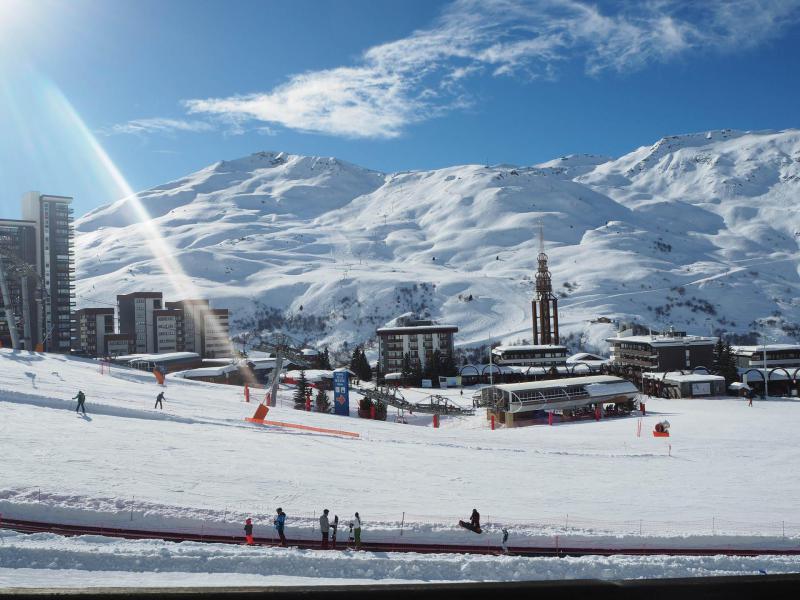 Vacances en montagne Résidence les Aravis - Les Menuires - Extérieur hiver