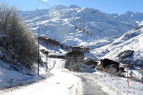 Location au ski Résidence les Asters - Les Menuires - Extérieur hiver