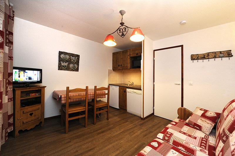 Location au ski Studio cabine 4 personnes (301) - Résidence les Balcons d'Olympie - Les Menuires - Séjour