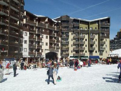 Location au ski Residence Les Carlines - Les Menuires - Extérieur hiver