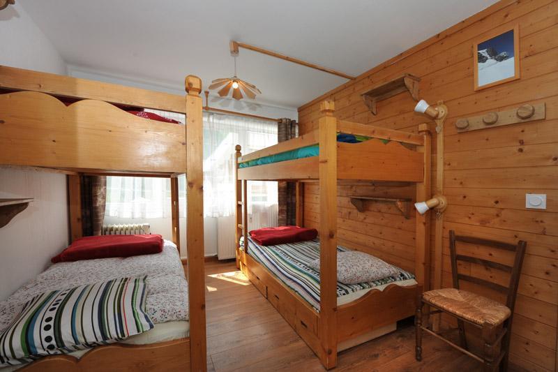 Location au ski Appartement 2 pièces 6 personnes (005) - Residence Les Lauzes - Les Menuires - Chambre