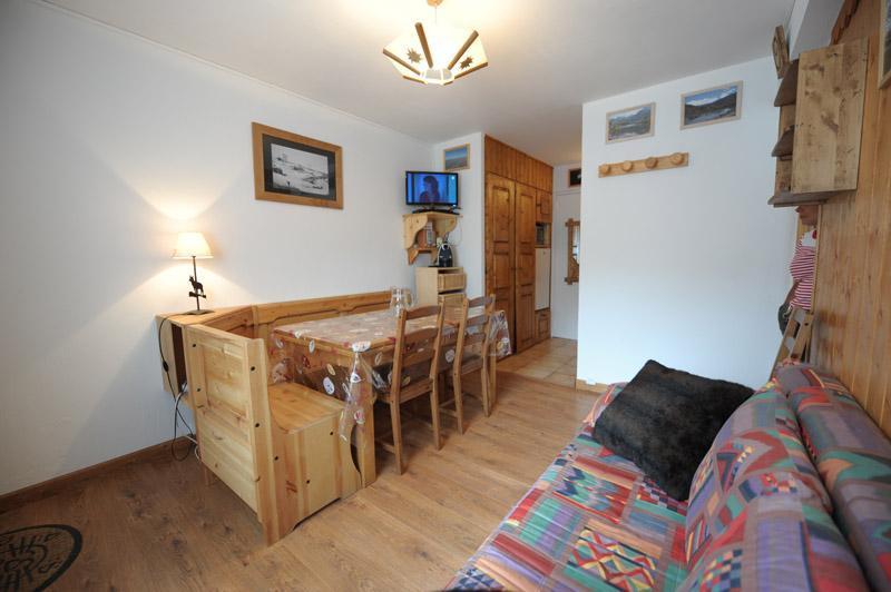 Location au ski Appartement 2 pièces 6 personnes (005) - Residence Les Lauzes - Les Menuires - Séjour