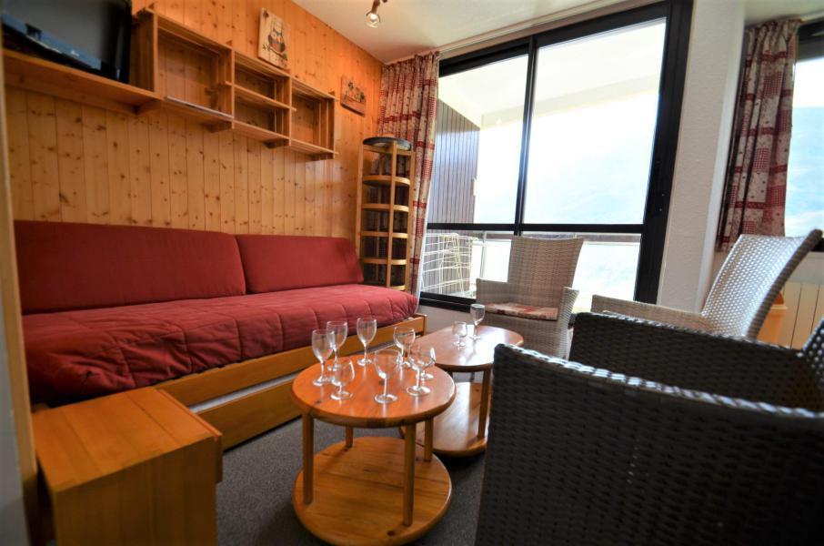 Location au ski Appartement 3 pièces 10 personnes - Résidence les Origanes - Les Menuires - Canapé