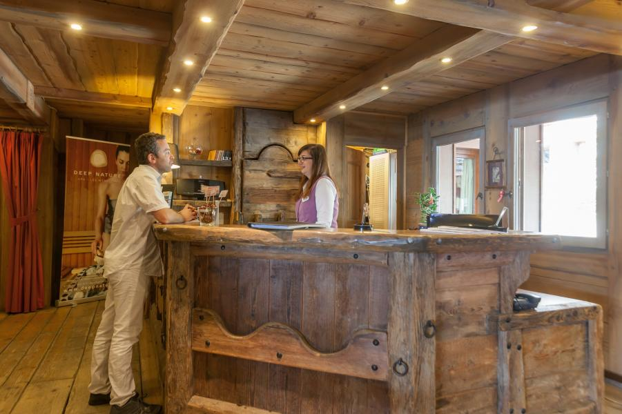 Location au ski Résidence P&V Premium les Alpages de Reberty - Les Menuires - Réception