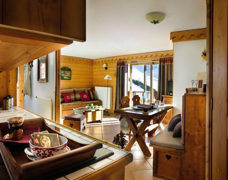 Alquiler al esquí Résidence P&V Premium les Alpages de Reberty - Les Menuires - Comedor