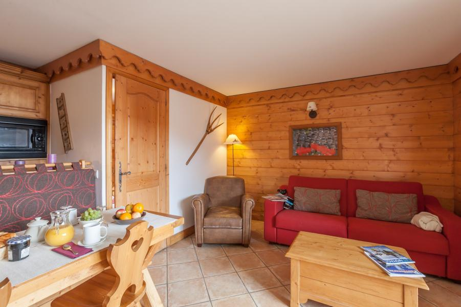 Alquiler al esquí Résidence P&V Premium les Alpages de Reberty - Les Menuires - Sofá