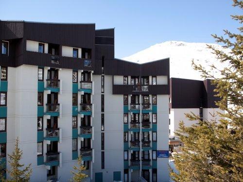 Location au ski Résidence Pierre & Vacances les Combes - Les Menuires - Extérieur hiver