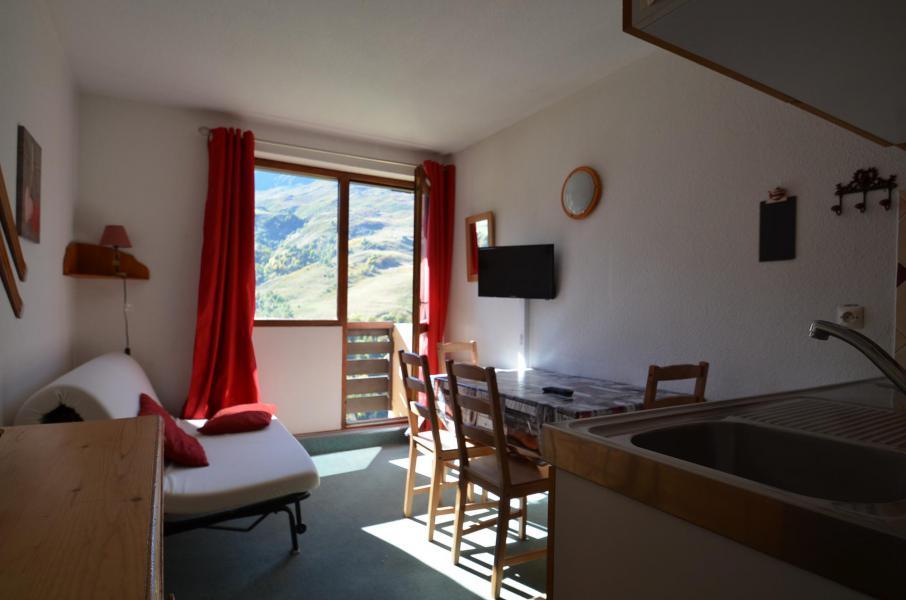 Location au ski Studio cabine 2 personnes (409) - Résidence Sarvan - Les Menuires