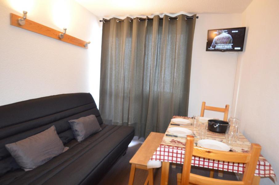 Location au ski Studio cabine 3 personnes (617) - Résidence Sarvan - Les Menuires