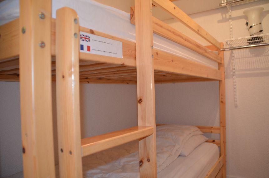 Location au ski Studio 2 personnes (301) - Résidence Sarvan - Les Menuires - Lits superposés