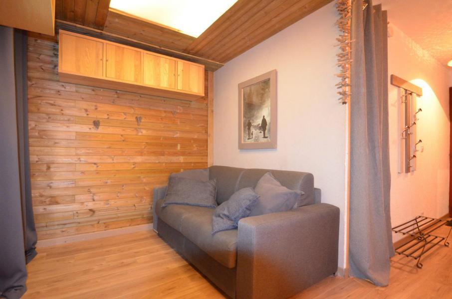 Location au ski Studio coin montagne 3 personnes (402) - Résidence Sarvan - Les Menuires - Séjour