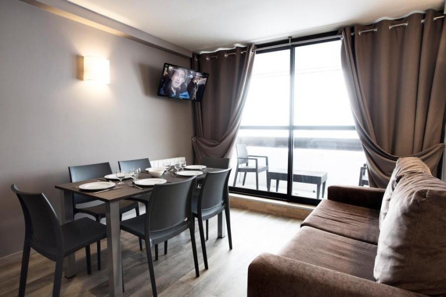 Rent in ski resort Résidence Soleil Vacances les Menuires - Les Menuires - Dining area