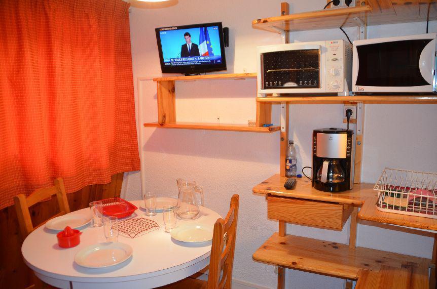 Location au ski Studio 2 personnes (937) - Résidence Trois Marches - Les Menuires - Kitchenette