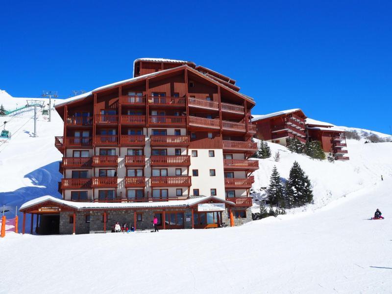 Vacances en montagne Résidence Valmont - Les Menuires - Extérieur hiver