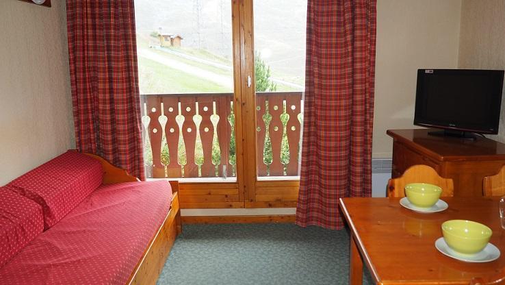 Location au ski Appartement 2 pièces 4 personnes (VM0408) - Résidence Valmont - Les Menuires - Canapé-lit